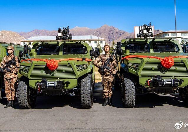 Comando Militar do Tibete do ELP recebe um lote de veículos Dongfeng Mengshi