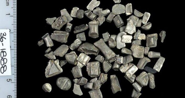 Prata usada para suposta confecção de moedas falsas