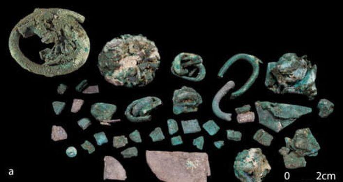 Bronze misturado com prata para confecção de moedas