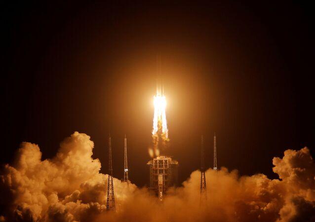 Lançamento da espaçonave lunar Chang'e 5, no centro espacial de Wenchang, Hainan, China, 24 de novembro de 2020