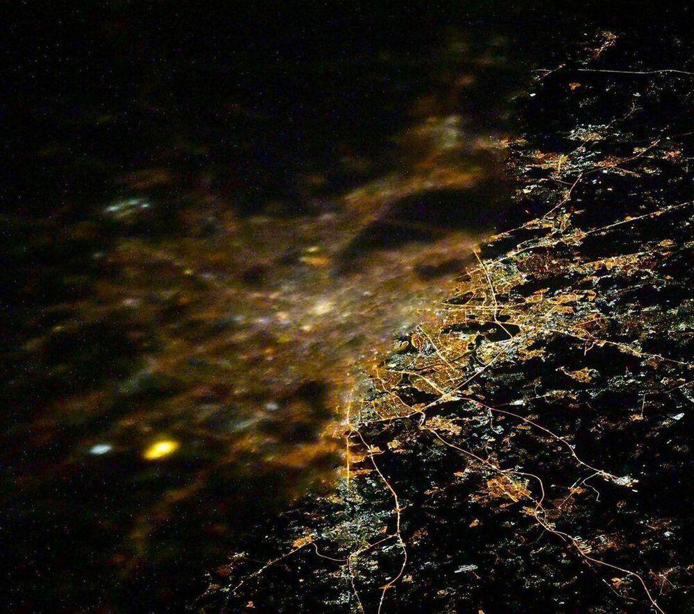 Vista de Moscou desde a Estação Espacial Internacional