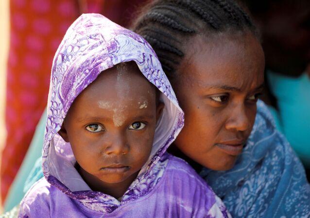 Refugiados da etiópia no campo de Um Rakuba, na fronteira entre Etiópia e Sudão, 29 de novembro de 2020