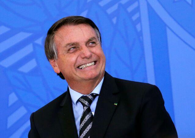Presidente do Brasil, Jair Bolsonaro, durante cerimônia no Palácio do Planalto, em Brasília, 26 de novembro de 2020