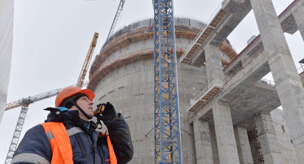 Construção da planta de energia nuclear Astravets, na região de Grodno, na Bielorrússia