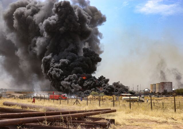 Incêndio atinge instalações de campo de petróleo em Kirkuk, norte do Iraque (imagem referencial)