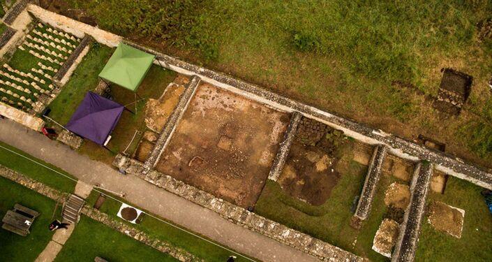 Vista aérea da face norte e do mosaico do século V descoberto
