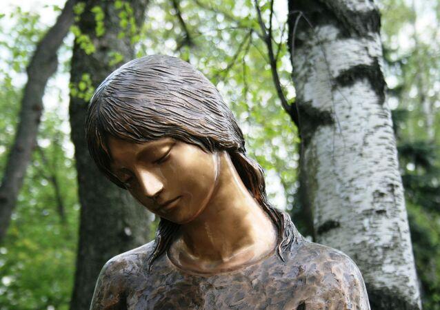 Estátua de bronze (imagem referencial)