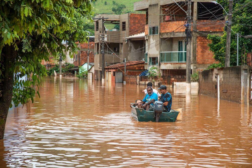 Fortes chuvas tiraram a vida de pelo menos 55 pessoas em Minas Gerais, após o estado ter sido castigado pelo fenômeno natural entre os dias 24 e 29 de janeiro
