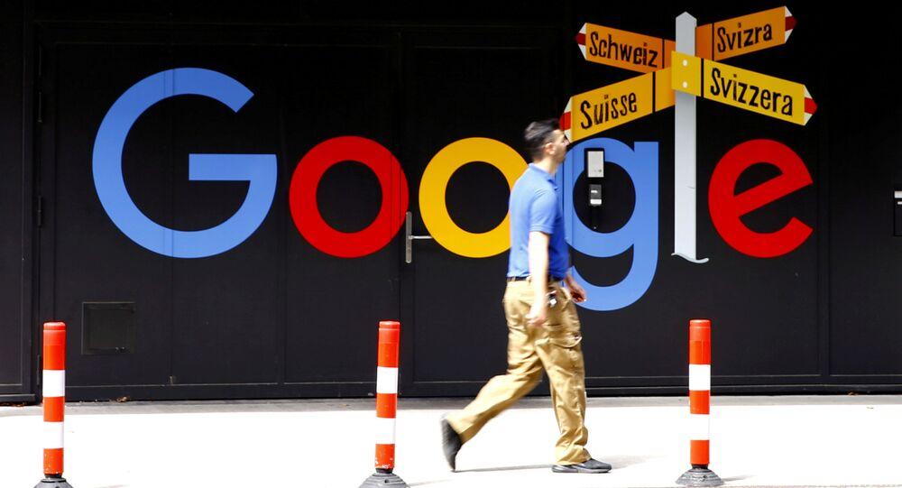 Logo da Google em Zurique, Suíça (foto de arquivo)