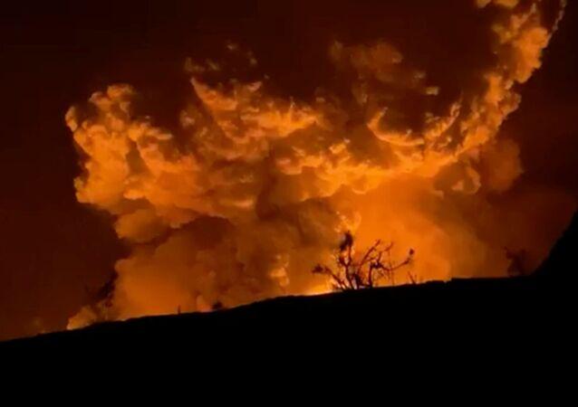 O vulcão Kilauea entra em erupção no Havaí, EUA, 20 de dezembro de 2020