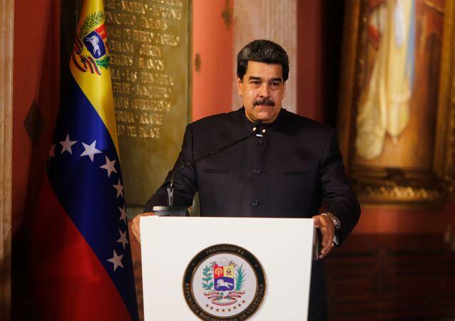 O presidente da Venezuela, Nicolás Maduro, fala na sessão de encerramento da Assembleia Nacional Constituinte da Venezuela em Caracas