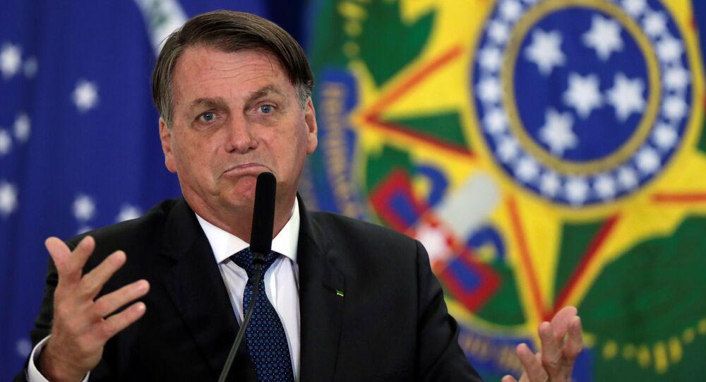 Presidente Jair Bolsonaro durante posse do novo ministro do Turismo, Gilson Machado, no Palácio do Planalto