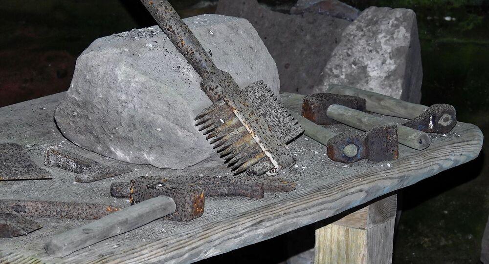 Ferramentas de pedra (imagem referencial)