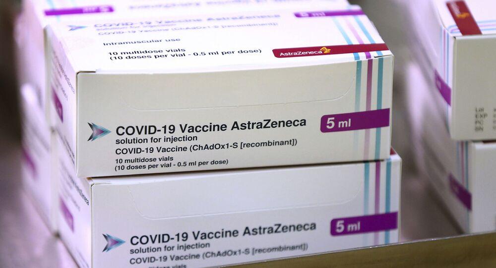 Doses da vacina contra a COVID-19, desenvolvida pela Universidade de Oxford e pela farmacêutica AstraZeneca