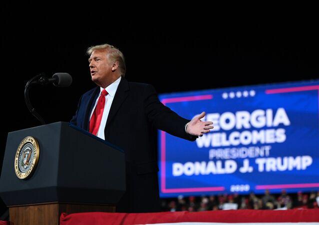 Presidente dos EUA, Donald Trump pressiona por votos na Geórgia