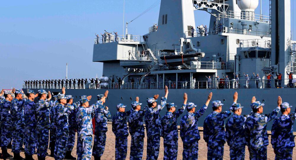 Soldados do Exército de Libertação Popular da China (ELP) (arquivo)
