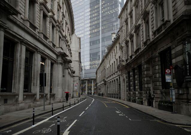 Ruas de Londres ficam vazias após Reino Unido entrar em seu terceiro lockdown