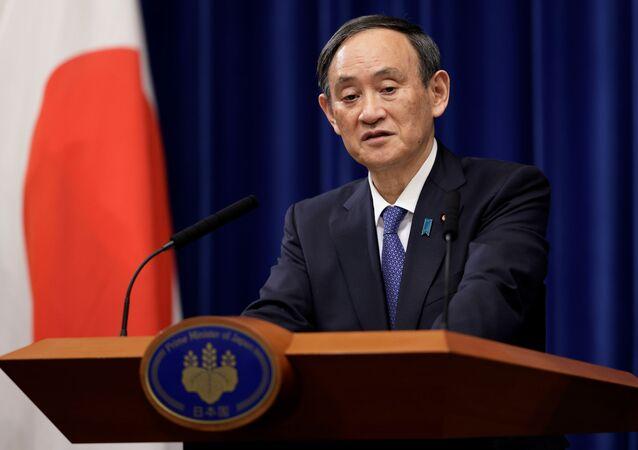 O primeiro-ministro japonês, Yoshihide Suga, durante coletiva em imprensa.