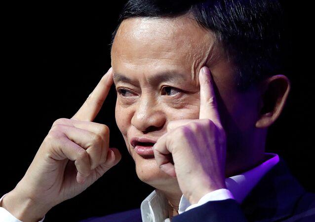 Jack Ma, fundador e presidente do Alibaba, gigante chinês da Internet, discursa em Paris, França, 16 de maio de 2019