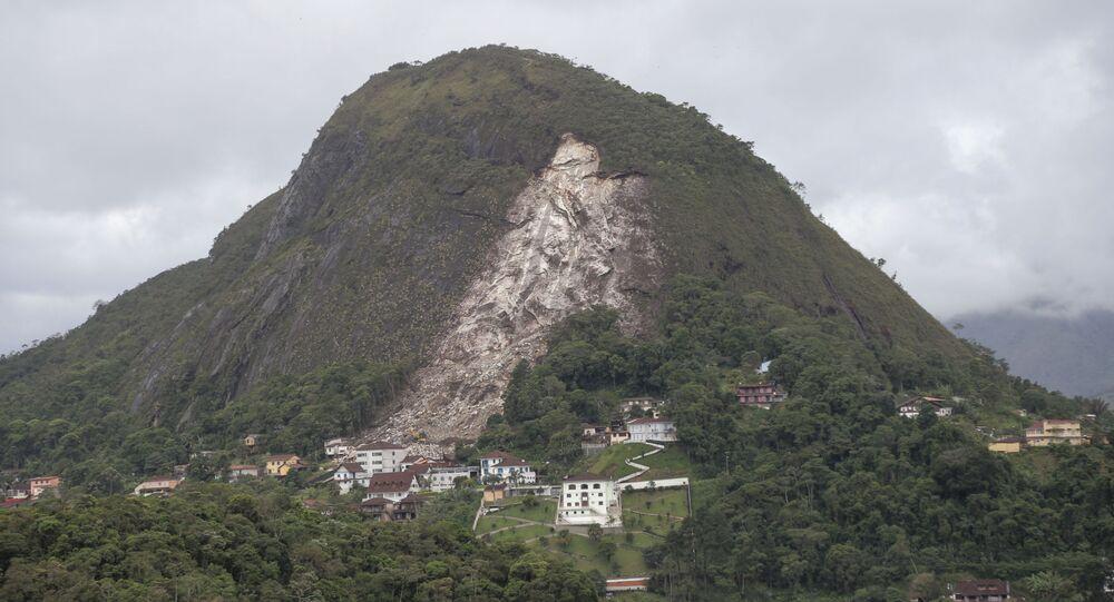 Deslizamento de encosta no bairro do Quitandinha, em Petrópolis, Região Serrana do Rio de Janeiro, Brasil (arquivo)