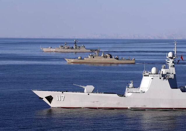Rússia, Irã e China em operação naval