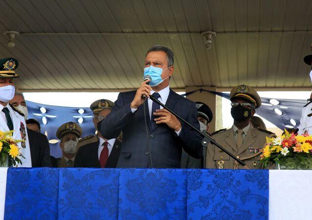 Em Salvador, o governador da Bahia, Rui Costa (PT), participa de cerimônia de troca do comando da Polícia Militar em meio à pandemia da COVID-19, em 13 de janeiro de 2021