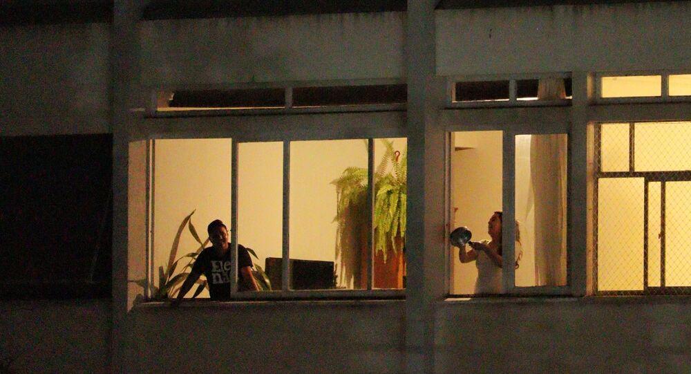 Panelaço contra o Presidente Jair Bolsonaro na cidade do Curitiba no dia 15 de janeiro