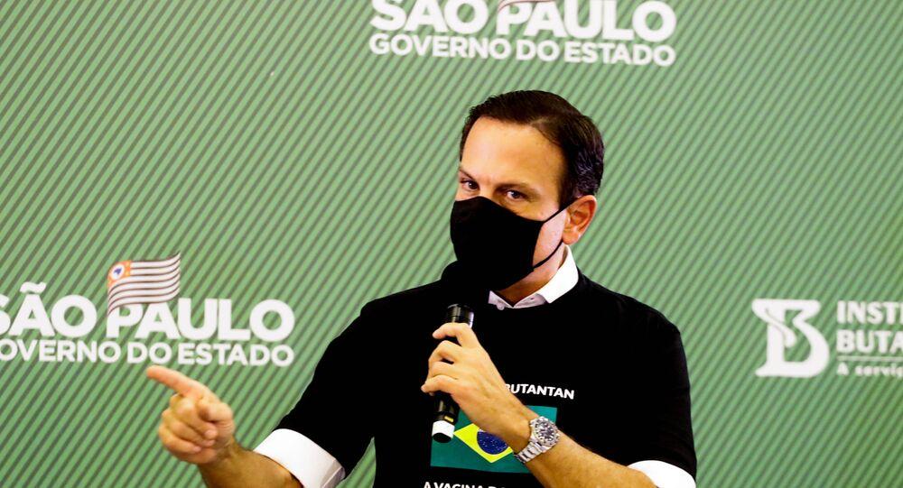 João Doria, governador de São Paulo, participa de entrevista coletiva após a aplicação da primeira vacina contra a COVID-19 na capital paulista