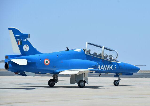 Aeronave Hawk-i exibida no Show Aéreo Índia 2019, em Bangalore