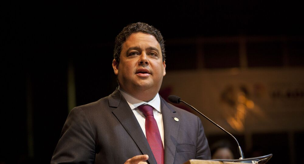 Presidente da OAB, Felipe Santa Cruz, discursa durante Prêmio Vladimir Herzog no Tucarena, em São Paulo, em 24 de outubro de 2019