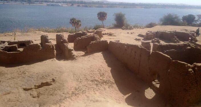 Fortificação romana descoberta durante escavações no Egito