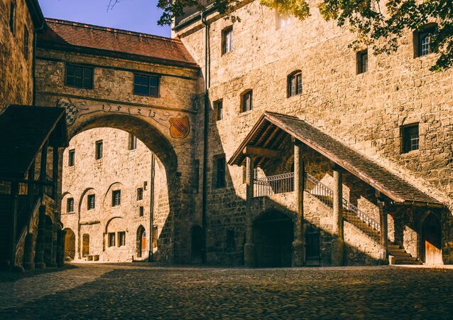 Castelo medieval (imagem referencial)