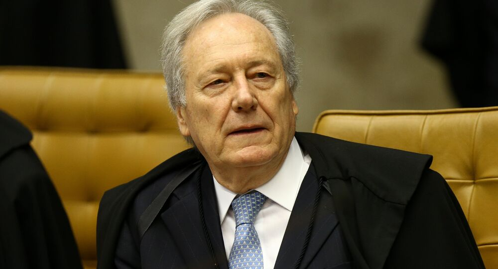 O ministro Ricardo Lewandowski durante sessão plenária no STF (Superior Tribunal Federal), em Brasília.