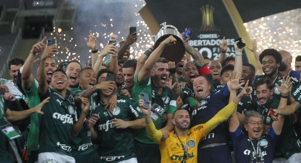 Jogadores do Palmeiras comemoram a conquista do bicampeonato da Libertadores