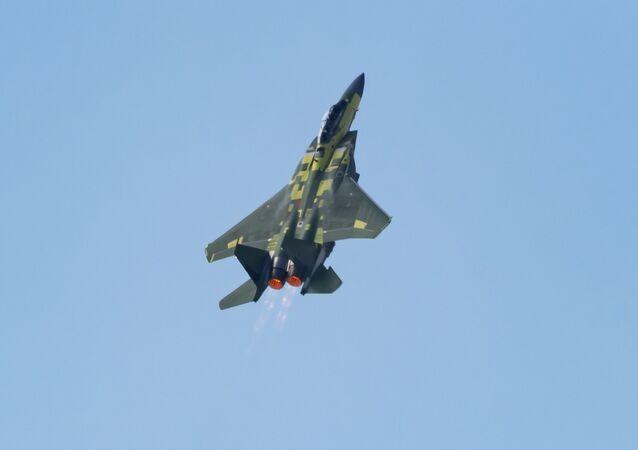 Primeiro voo do caça F-15EX da Boeing