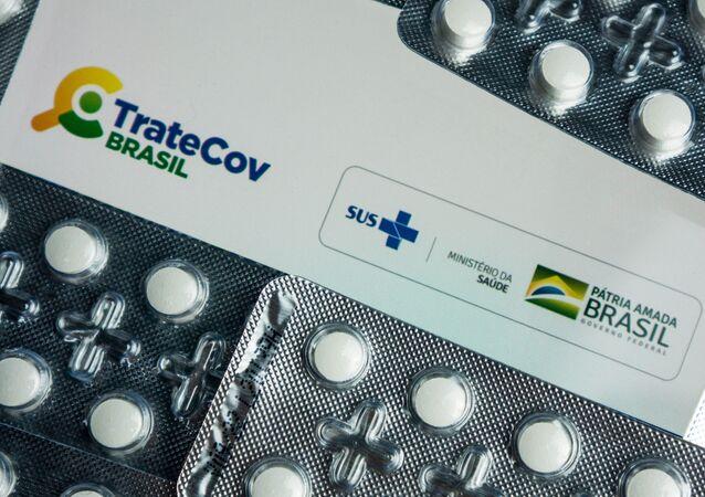 Aplicativo TRATECOV do Ministério da Saúde sugere a prescrição de medicamentos sem eficácia, como cloroquina e ivermectina, para auxiliar médicos e profissionais da saúde no tratamento de pacientes com a COVID- 19