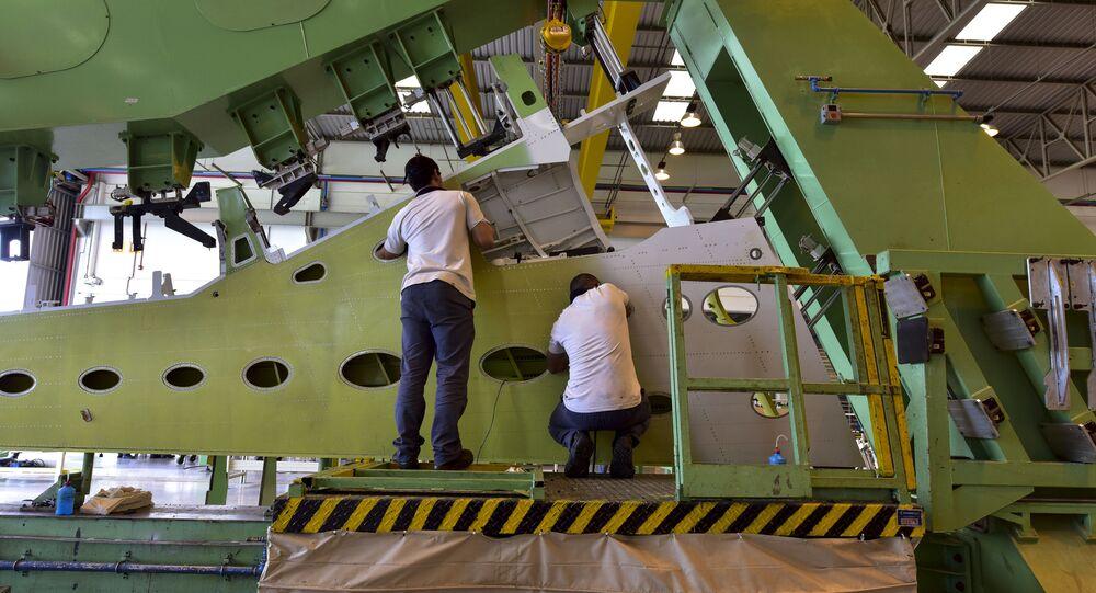 Linha de produção e montagem da Embraer em Botucatu, São Paulo (arquivo)