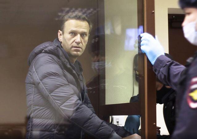 O opositor russo Aleksei Navalny durante audiência em tribunal de Moscou, em 5 de fevereiro de 2021.