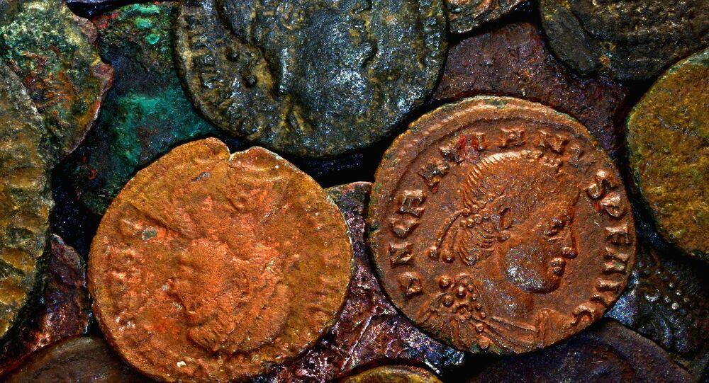 Moedas antigas (imagem referencial)