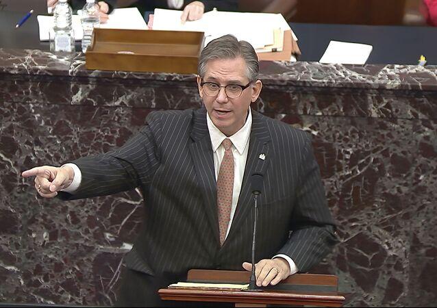Bruce Castor, advogado do ex-presidente Donald Trump, fala durante o segundo julgamento de impeachment de Trump no Senado no Capitólio dos EUA em Washington