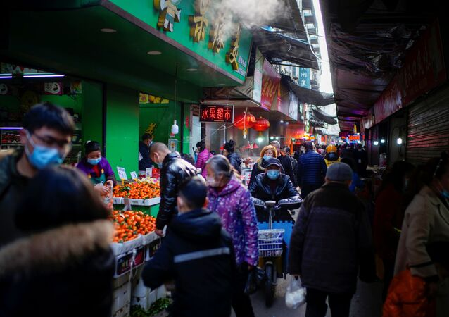 Mercado em Wuhan, província de Hubei, China, 8 de fevereiro de 2021