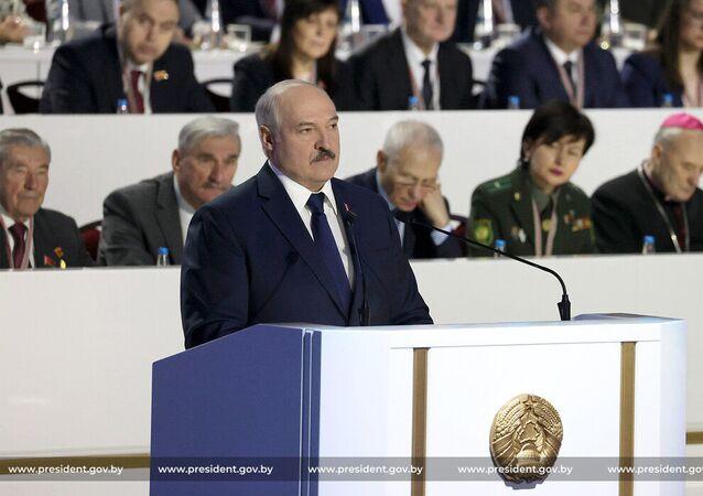 O presidente da Bielorrússia, Aleksandr Lukashenko, fala durante a 6ª Assembleia Popular do país
