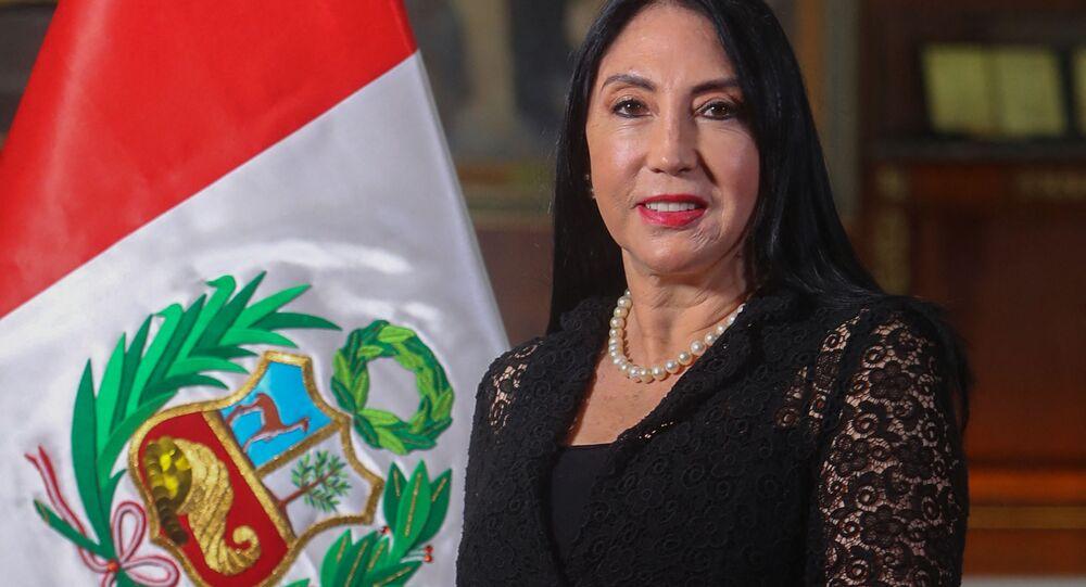 Elizabeth Astete, ministra das Relações Exteriores do Peru