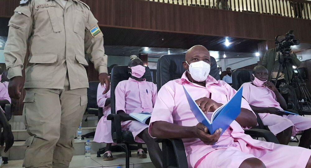 Paul Rusesabagina durante julgamento em Kigali, Ruanda, no dia 17 de fevereiro de 2021.