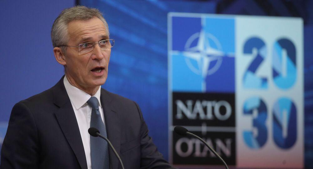 O secretário-geral da OTAN, Jens Stoltenberg, em uma entrevista coletiva antes do conselho de ministros da defesa da OTAN na sede da aliança em Bruxelas, Bélgica, em 15 de fevereiro de 2021