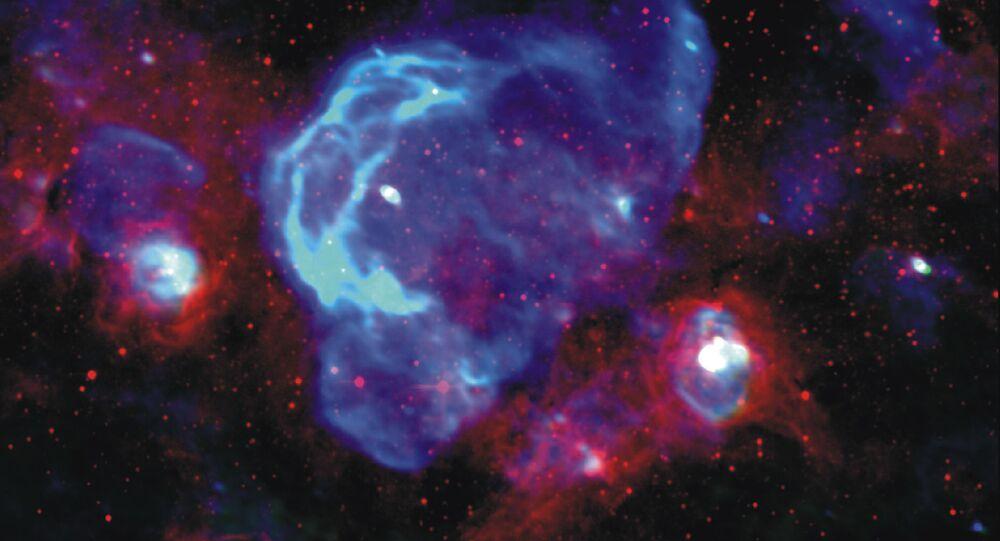 Imagem colorida artificialmente do W28.