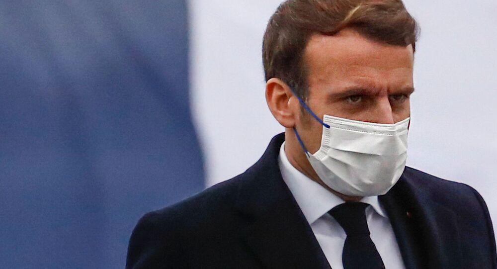Emmanuel Macron, presidente da França, durante cerimônia de homenagem a militares em Brest, no extremo oeste do país (arquivo)