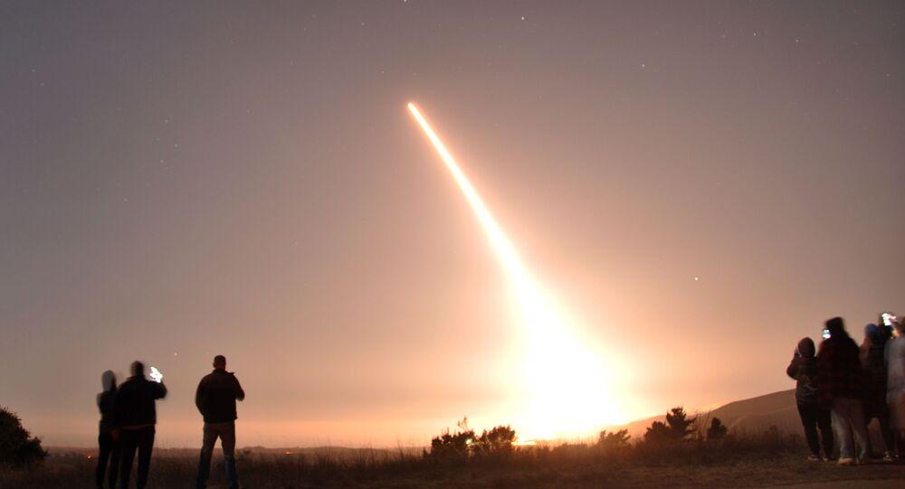 Lançamento de teste do míssil balístico intercontinental Minuteman III