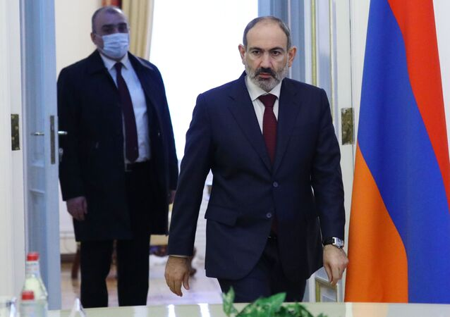 Primeiro-ministro armênio Nikol Pashinyan (foto de arquivo)