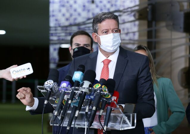 O presidente da Câmara, deputado Arthur Lira (PP - AL), concede entrevista à imprensa.
